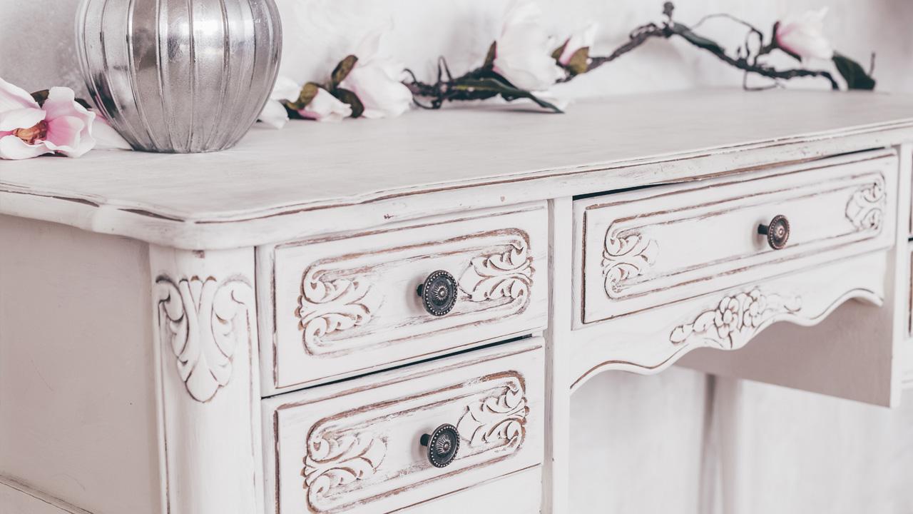 Restaurare mobili, madie, comodini…donare nuova bellezza dal fascino anticato